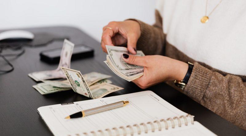 Prévoir de l'argent en réserve